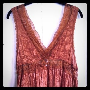 Gorgeous Free People Lace & Silk Cami